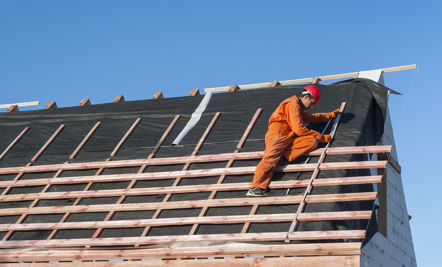 What To Do To Help Your Roofing Contractors