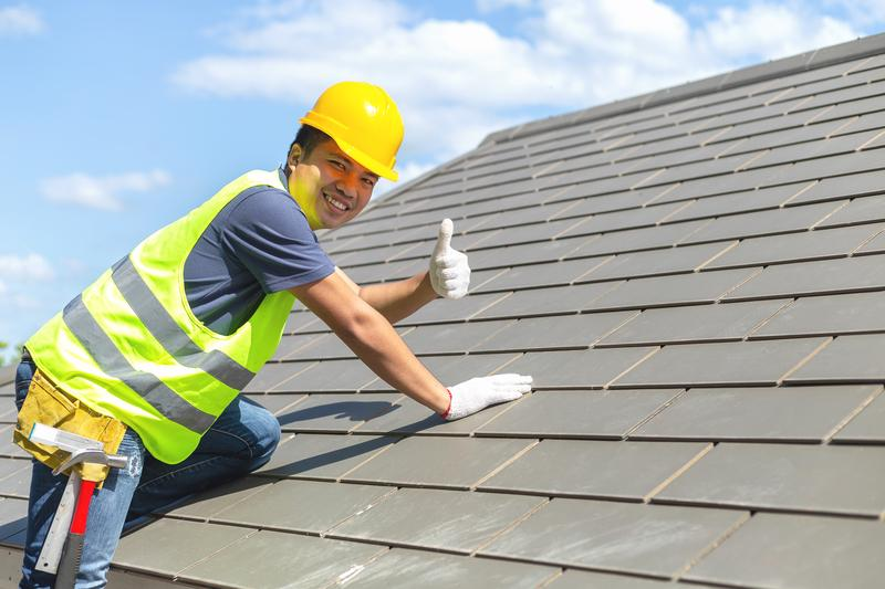 Why You Should Pay for a Professional Roofing Service